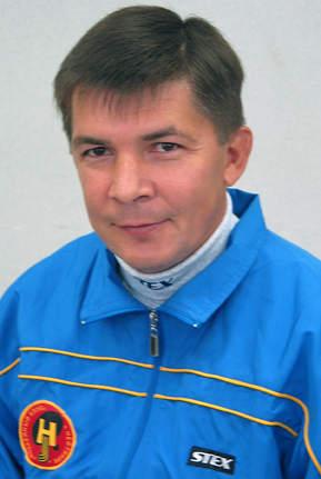 "2004 г. - Вячеслав Саломатов - тренер ""СКА-Нефтяника"""